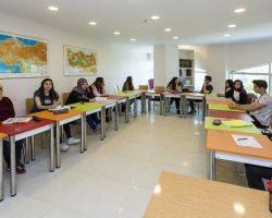 Eyüp'teki bilgi evleri ve gençlik merkezi yorumları