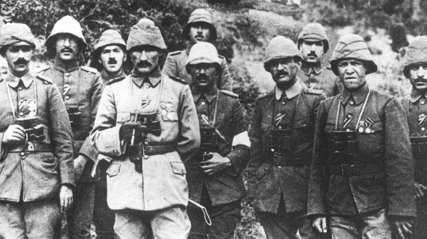 Atatürk hangi savaşta hangi rütbede savaştı?